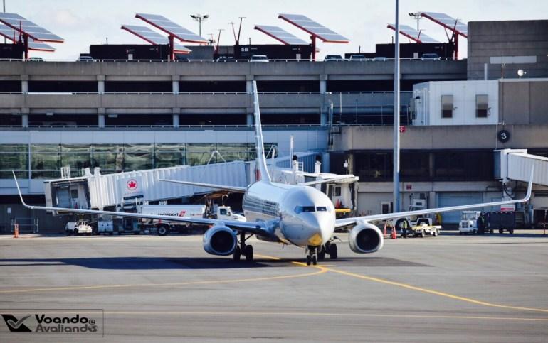 E170 - American - Boston