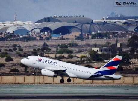 A319 - LATAM (new livery) decolando