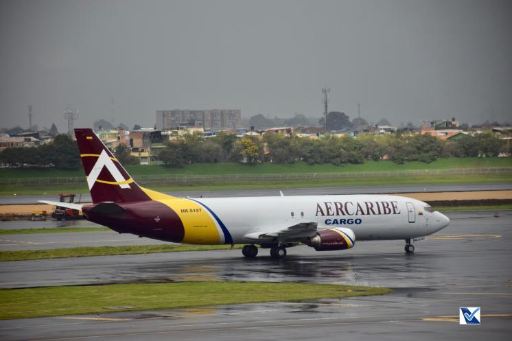 Bogotá - Aerocargo - Boeing 737 (1)