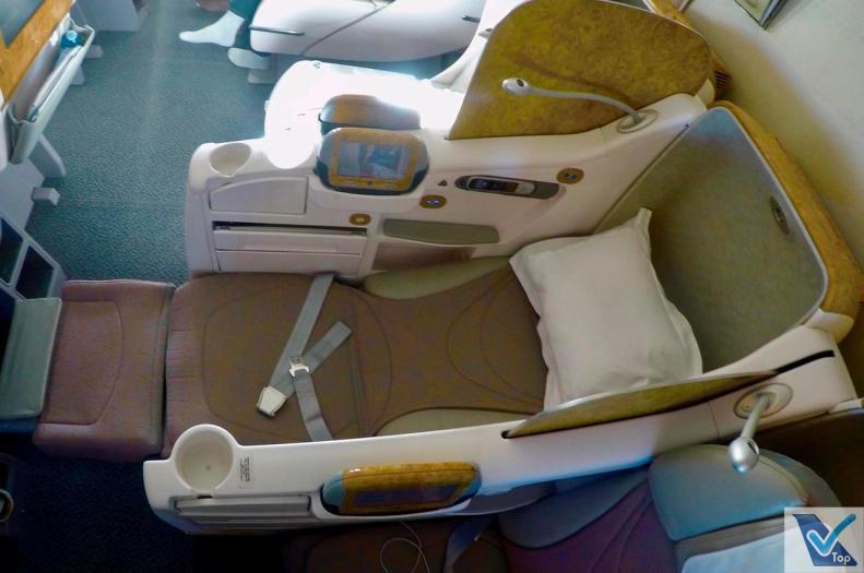 Assento-Full-Flat-B777-Emirates-2