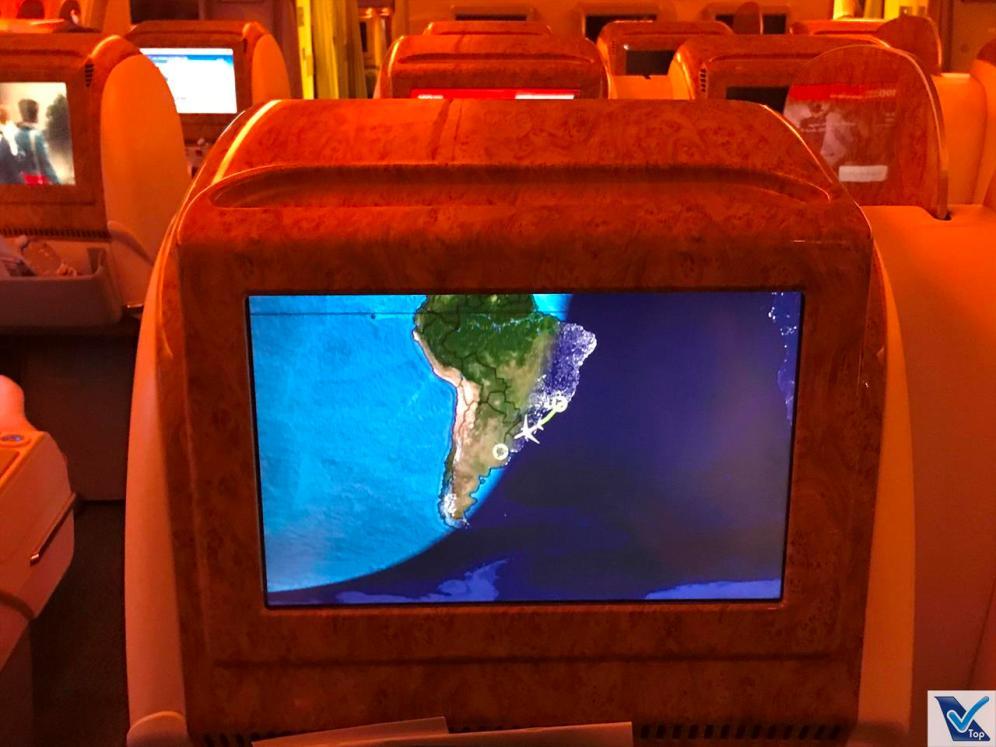 B777 Emirates - Tela IFE Business 4