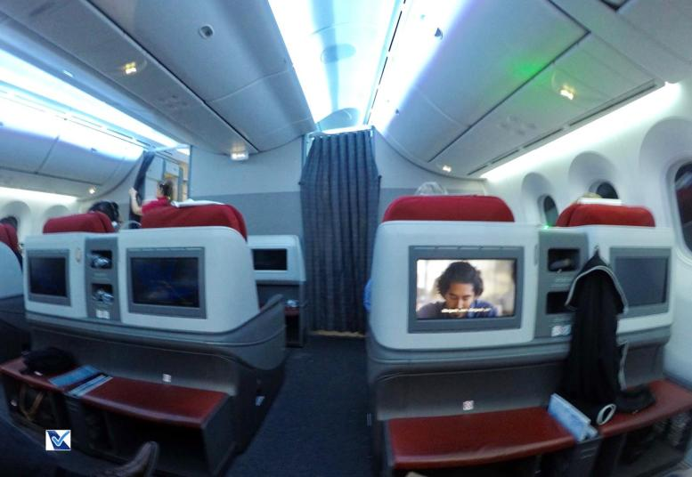 Inside - B787 - Business - LATAM - SCL AKL 4