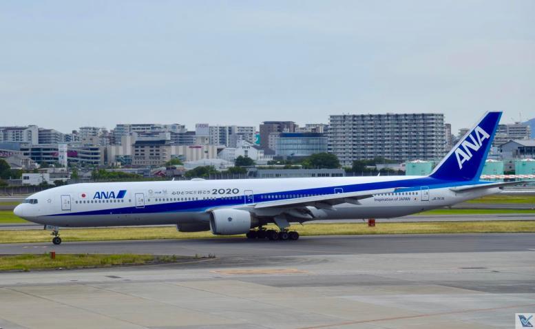 ANA - B777 - Osaka (2)