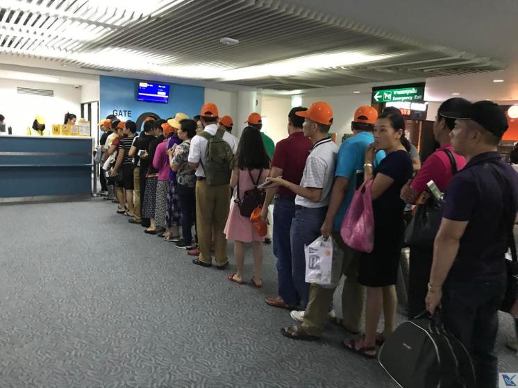 DMK - Portão 26 - Embarque Nok Air