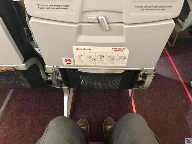 Espaço Pernas - A320 - VietJet Air (1)