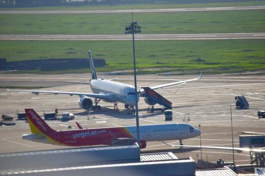 Aeroporto Saigon - Visão Pátio