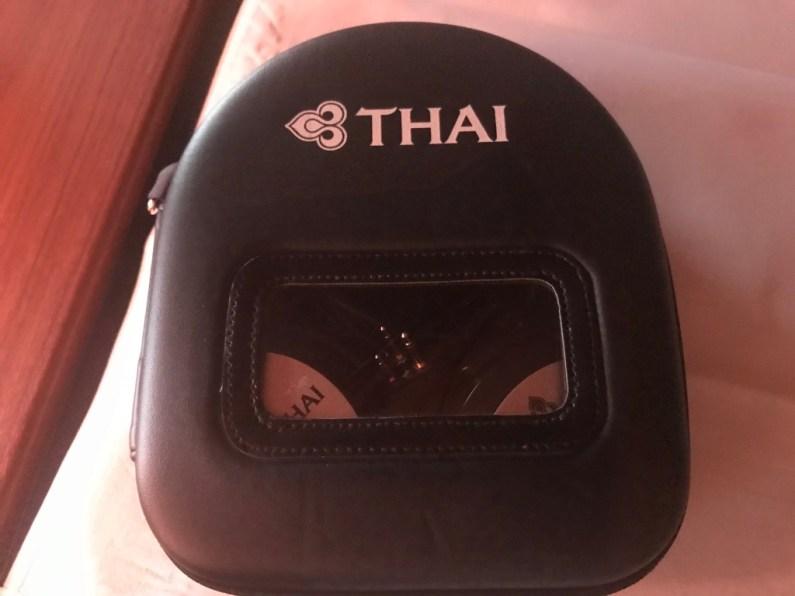 Fone de Ouvido - First Class Thai