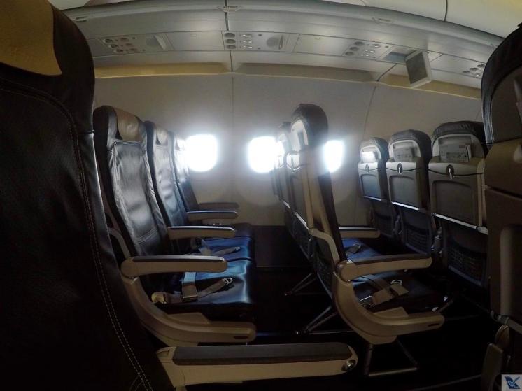 Inside-A321-Swiss-Econômica 6