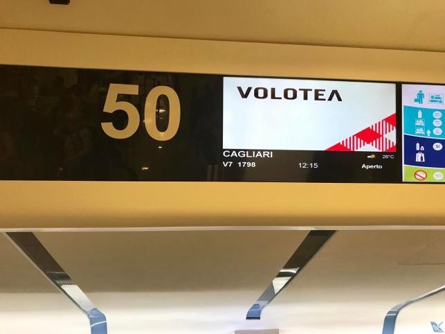 Guiche 50 - Volotea - Napoli