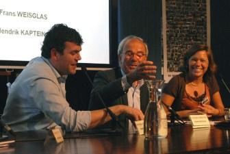 Martijn Jonk, Frans Weisglas en Lea Bouwmeester tijdens het slotdebat (© Gonzo media)