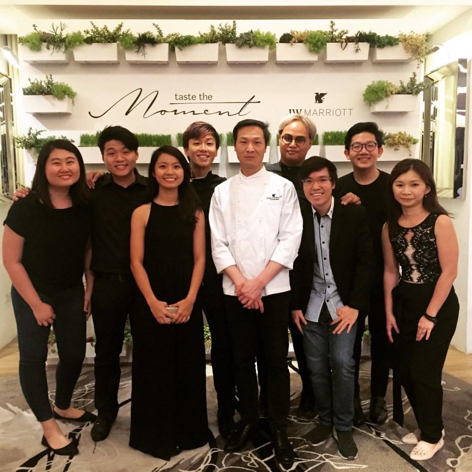 JW Marriott Taste the Moment_Vocalise_Lok Ensemble Group shot with Chef Liang.jpg