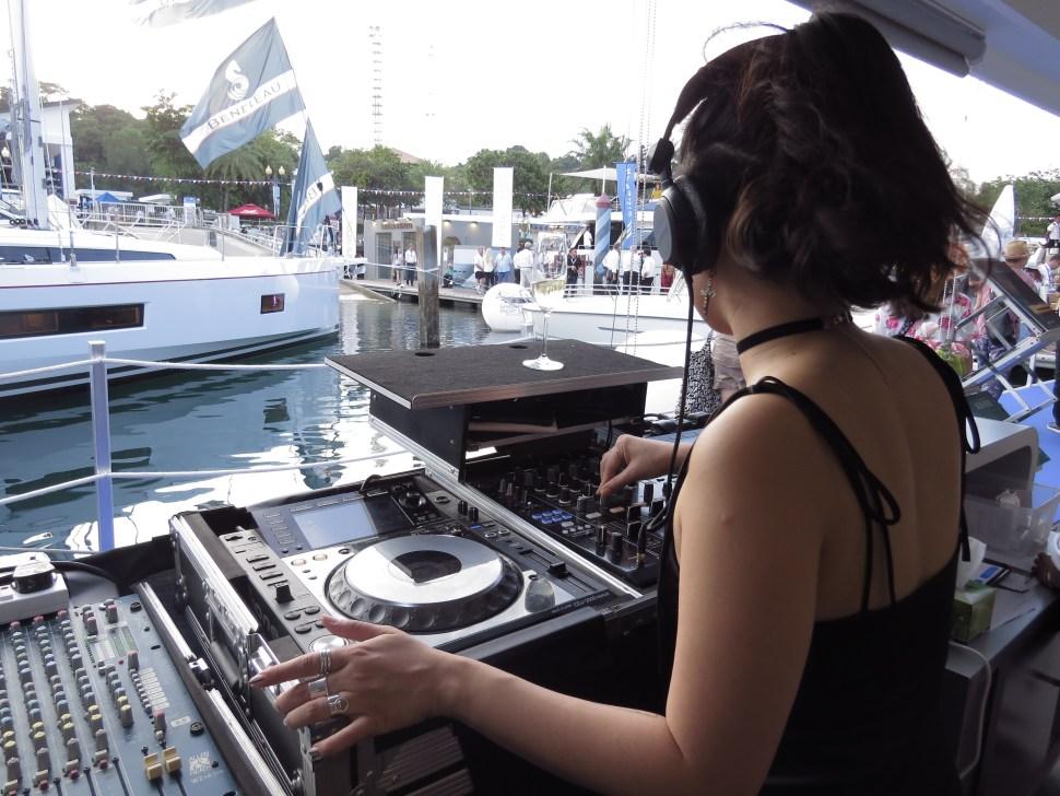 DJ AKA 2