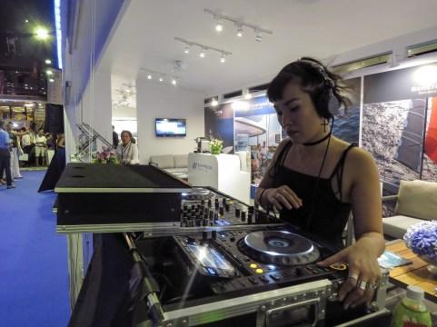 DJ AKA 3