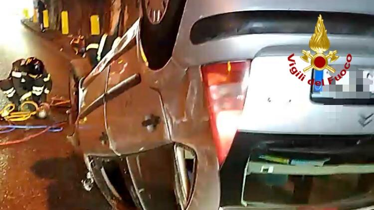 auto ribaltata tangenziale messina
