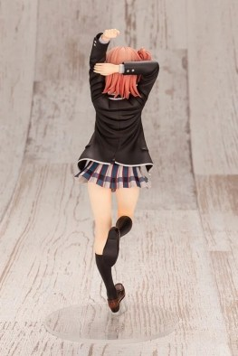 Yui Yuigahama 18 Figure (4)