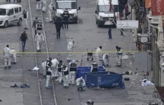 Ataque suicida en Estambul-5 muertos-36 heridos