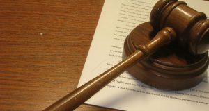 El juez Besosa emitió una orden de 55 páginas.
