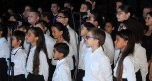 Coro de niños del Instituto de Músico Juan Morel Campos.