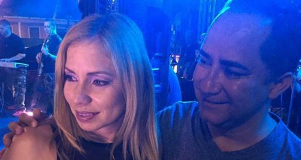 Janice Montalvo Loyola y su esposo Santos Seda Nazario, alcalde de Guánica. (Facebook / Santos Seda Papichy)