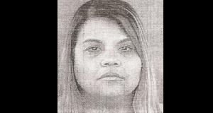 Damaris Blondet Rivera enfrenta cargos por fraude de tarjetas y apropiación de identificación.