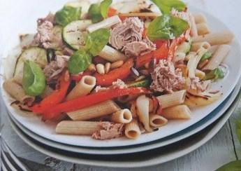 groentesalade met tonijn