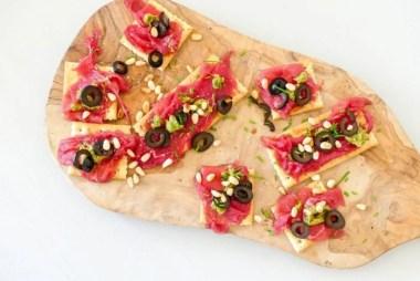 carpaccio crackers recept