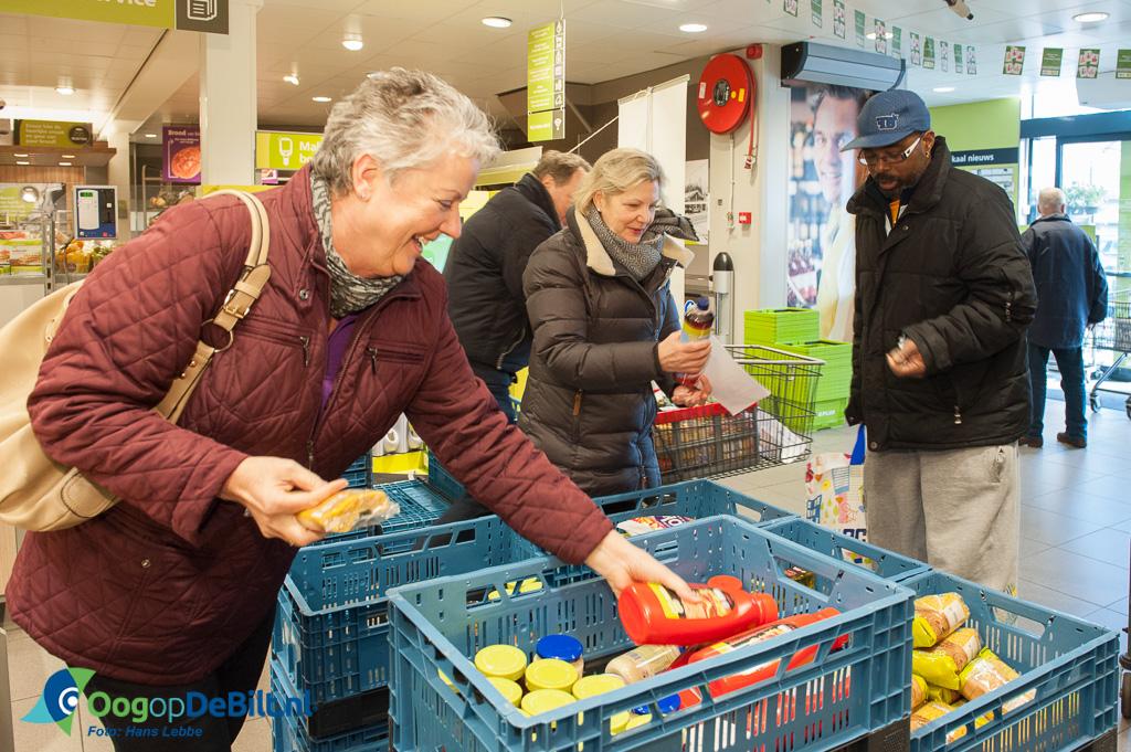 Supermarktactie Voedselbank De Bilt bij PLUS Bilthoven