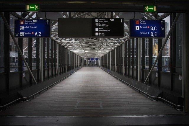 Luchthaven van Frankfurt, een voetbalstad maar ook plek waar je je voetbalreis kan beginnen.