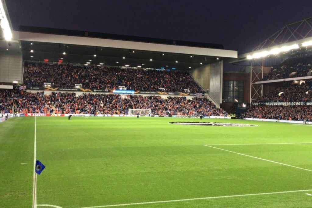 Ibrox Stadium, thuishaven van Glasgow Rangers. Het voetbalstadion mag zeker niet op je to visit lijstje ontbreken als jij een voetbalreis naar Glasgow maakt.