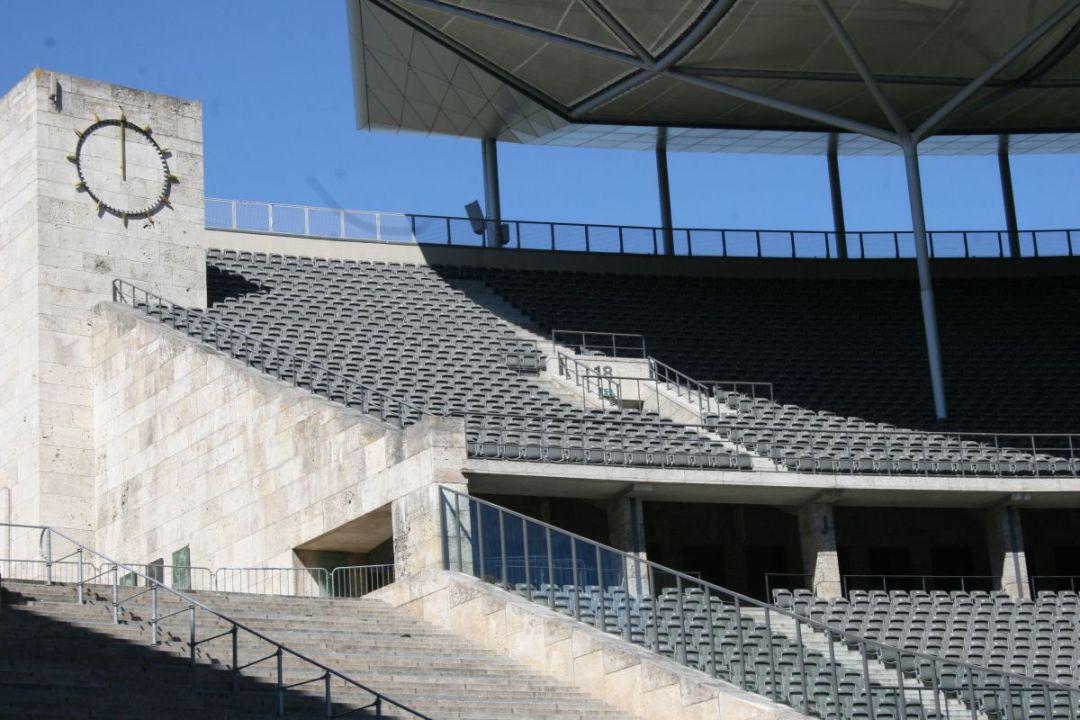 Het Olympisch Stadion in Berlijn heefy erg veel karakter zoals te zien is op de foto, helaas ademt het geen voetbal