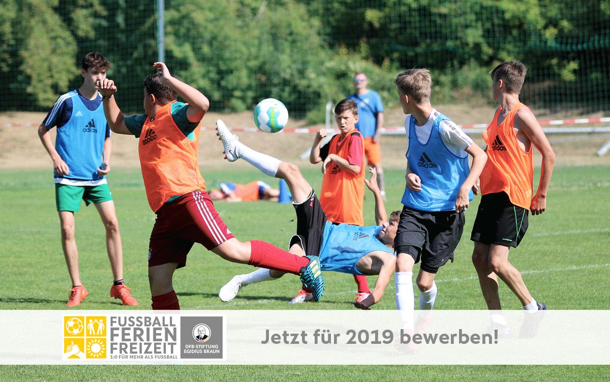 Bewerbungen für Fußball-Ferien-Freizeit 2019