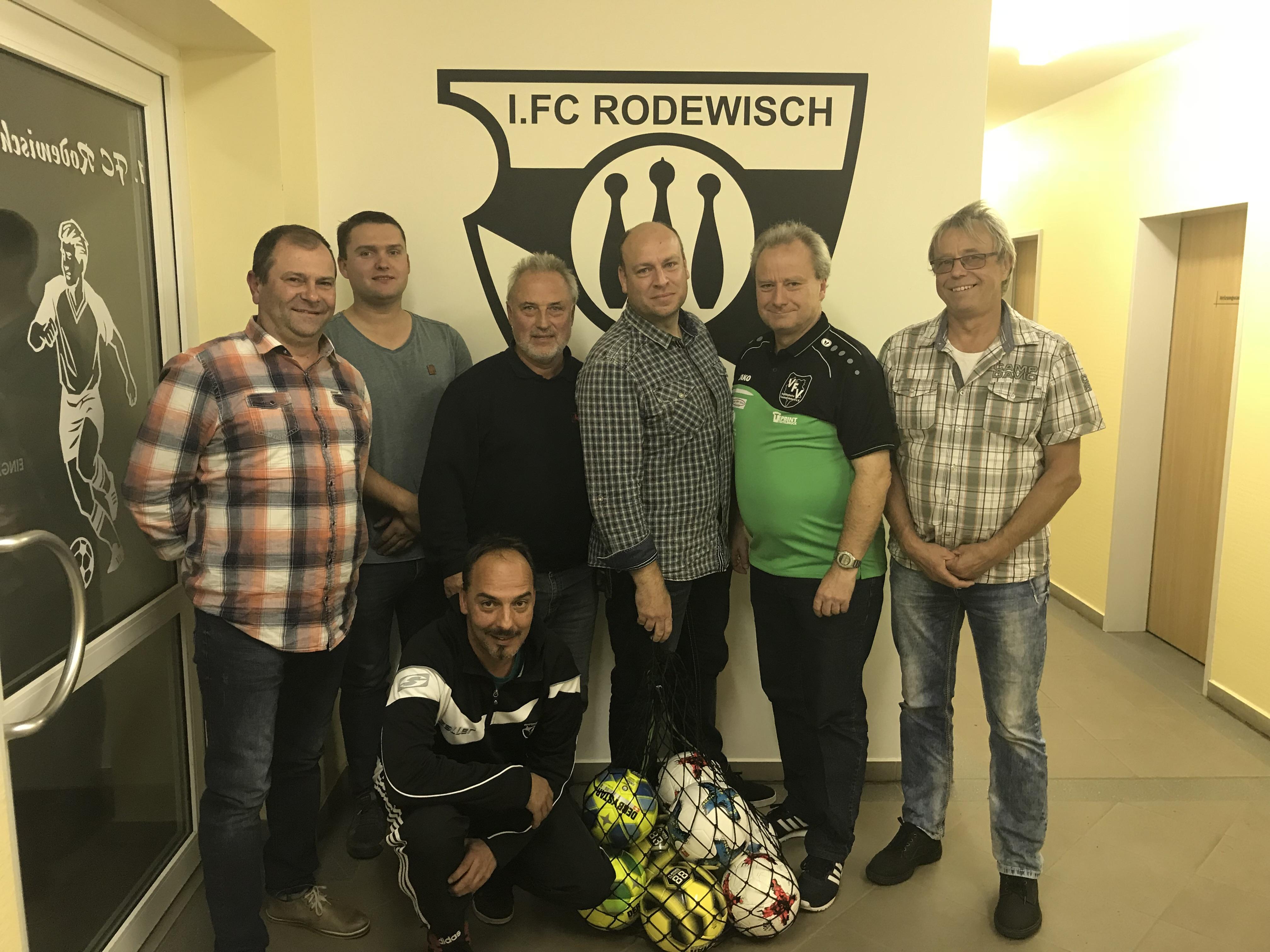 Vogtländischer Fußball-Verband e.V. besucht 1. FC Rodewisch zu einem Vereinsdialog!