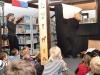 Theater Manuart gastierte in Greizer Bibliothek mit Max und Moritz