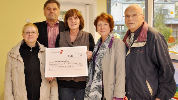 Landesverband der Gewerkschaft Erziehung und Wissenschaft Thüringen überrascht Greizer Kita »Käte Duncker« mit Spende
