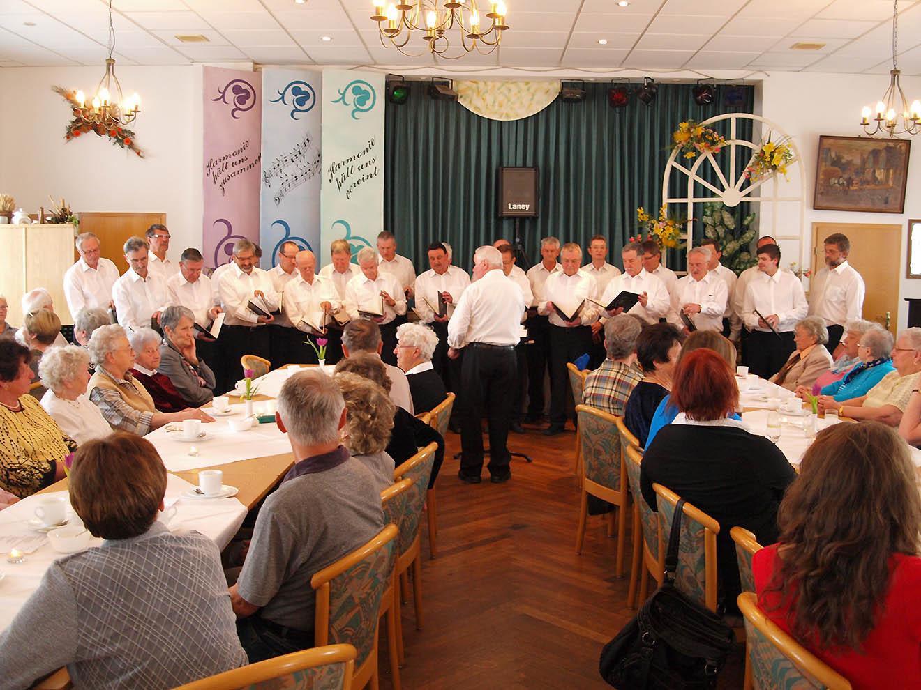 Der Frühling hat sich eingestellt beim Mohlsdorfer Männerchor