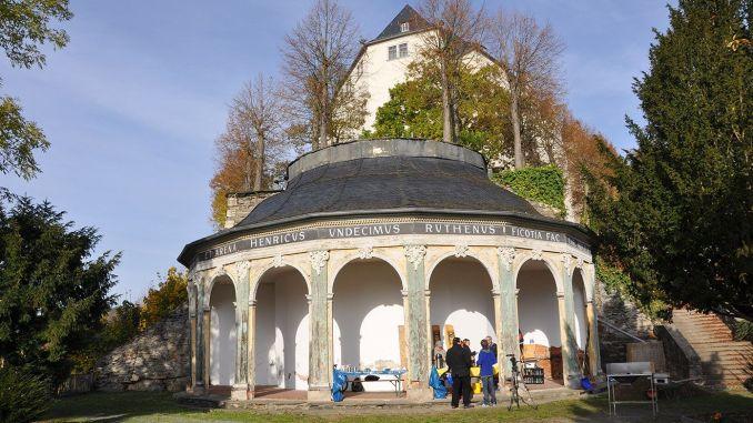 """Bürgerinitiative """"Weil wir Greiz lieben"""" fleißig beim Schlossbergputz"""