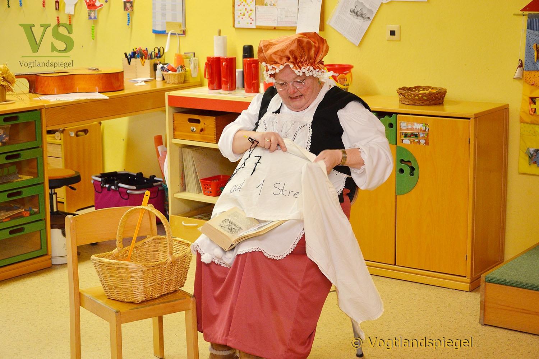 """Greizer Koch-und Backmädels: """"Frau Holle"""" ist wieder unterwegs"""