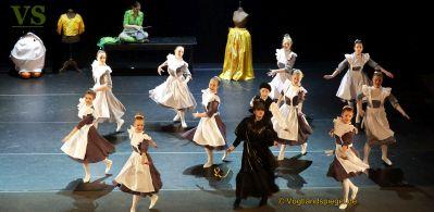 Vogtlandhalle Greiz: Traditionelles Weihnachtsmärchen entführt in bunte Märchenwelt