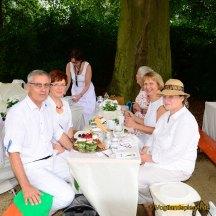 Tischkultur in weiß: Schlemmen und genießen im Fürstlich Greizer Park