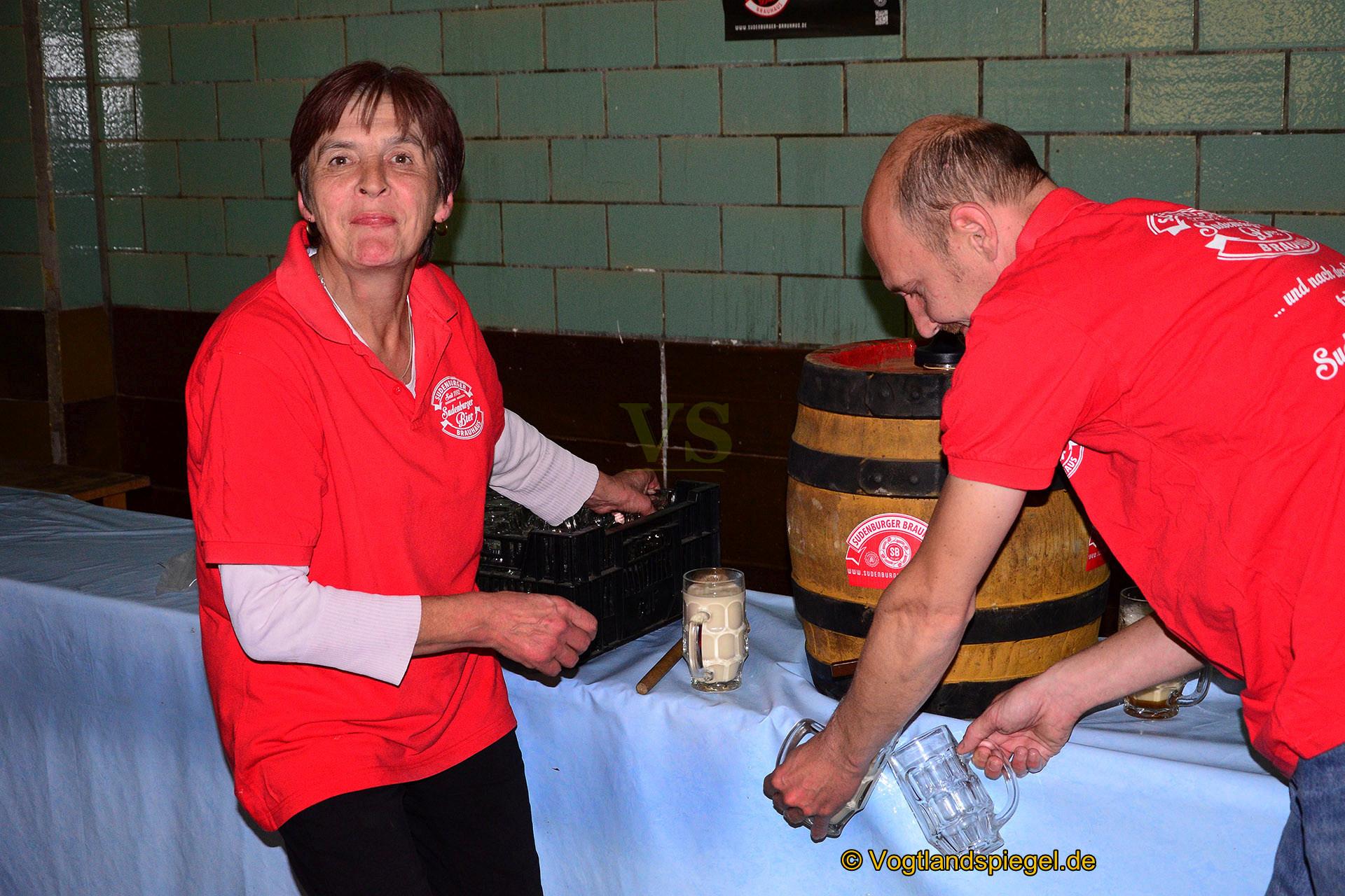 Gaststätte Feldschlößchen lud zum traditionellen Bockbierfest ein