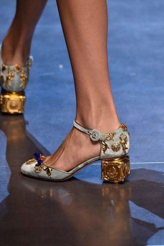 MILAN, ITALY - SEPTEMBER 27: Accessories a shoe detail on the runway at the Dolce & Gabbana Spring Summer 2016 fashion show during Milan Fashion Week on September 27, 2015 in Milan, Italy. (Photo by Catwalking/Getty Images)