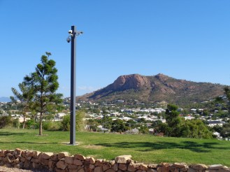 Castle Hill Townsville (2)
