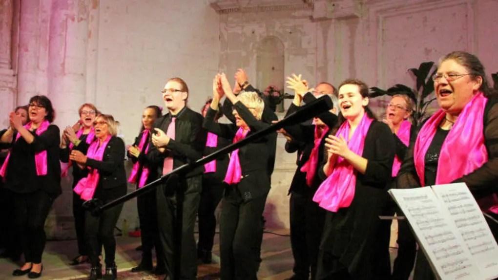 Le chœur Voice for Gospel respire joie et dynamisme.