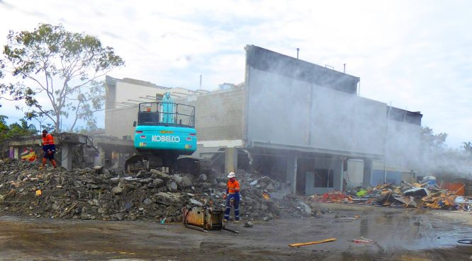 Woolies Plaza shops and cinema being demolished prior to commencement of the Mercato on Byron Construction. Photo: Kerry Baunach.