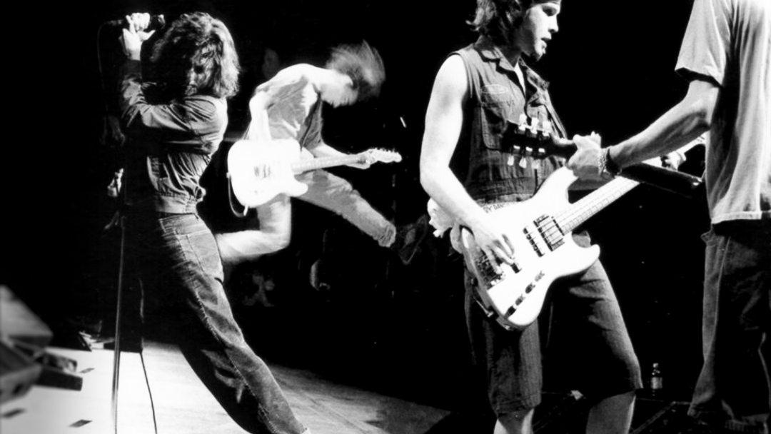 Pearl Jam (VoicesFILM) [2277 x 1281] (1)