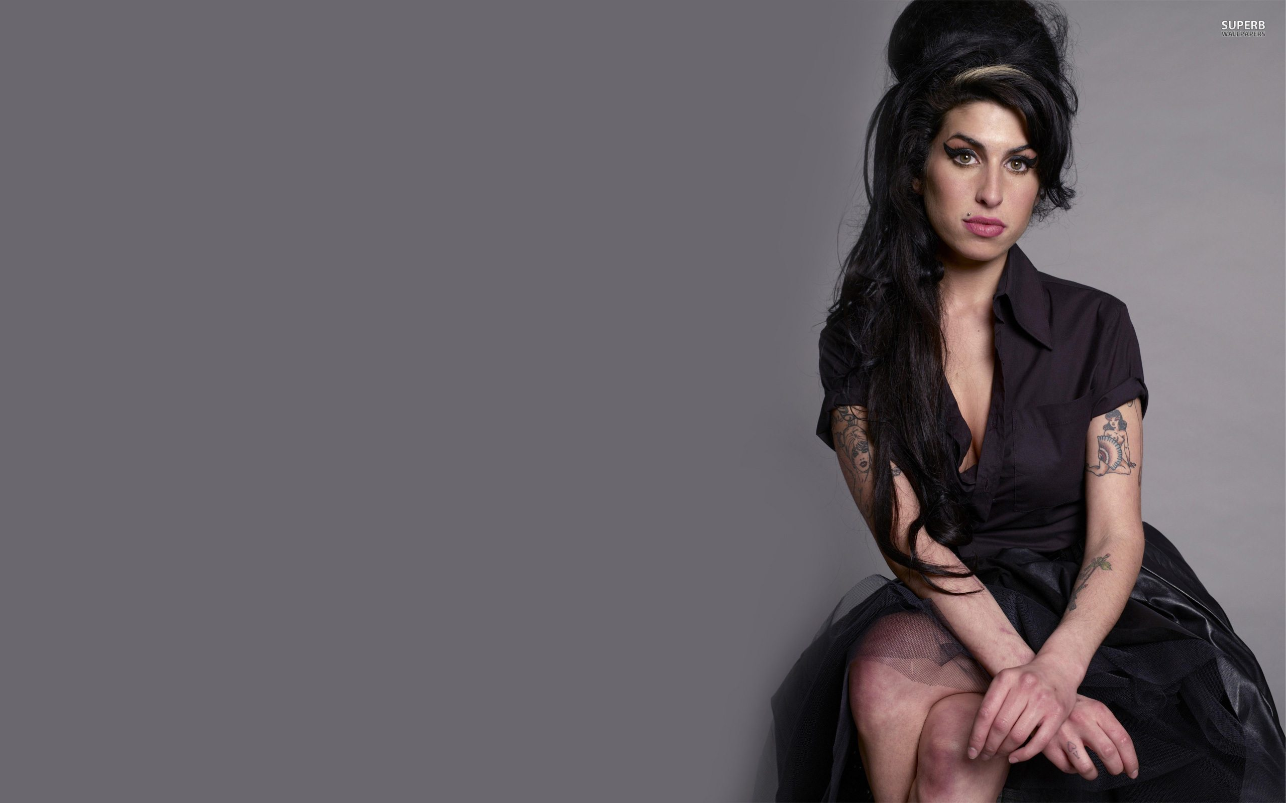 amy-winehouse-5629-2560x1600