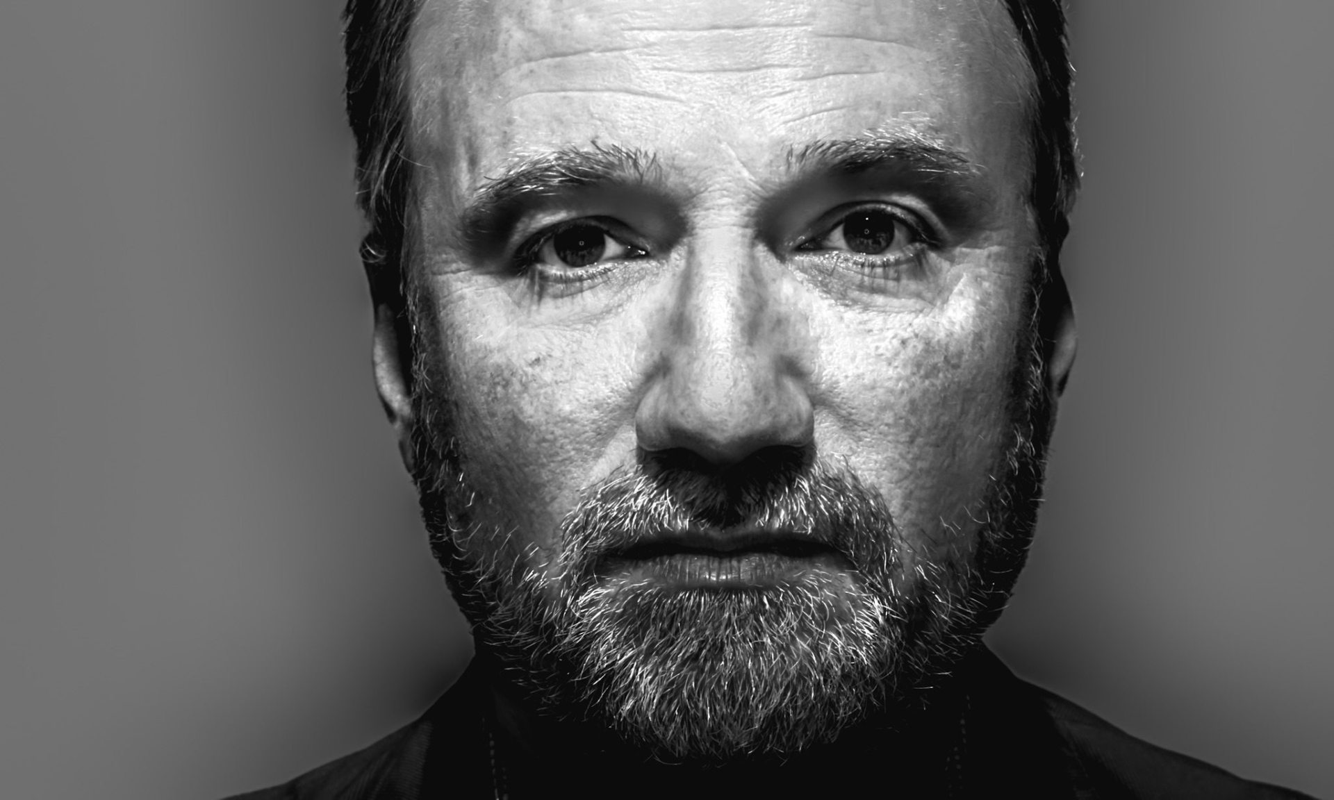auteur directorial style david fincher Netflix is getting a lesson in what it's like to work with a top hollywood auteur but multiple sources say friction has developed between oscar-nominated director david fincher (the fincher might have been a particularly challenging partner david is fantastic, but david.