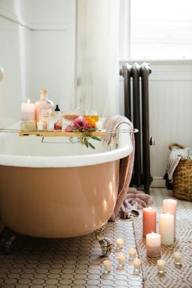 Bathtub relaxing on mother's day  Photo by Brooke Lark on Unsplash