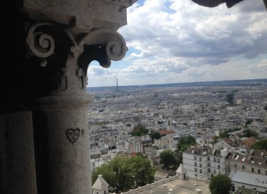 Paris expatriate learn to sing