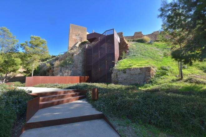 escalera mirador alcazaba malaga